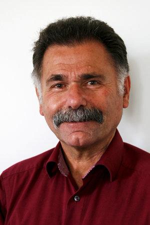 Christoph Royé - Arzt in Grevenbroich - Wirbelsäule - Schmerztherapie und Rückenschmerz